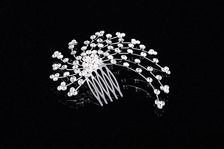 Dazzling Alloy with Rhinestone Wedding Comb