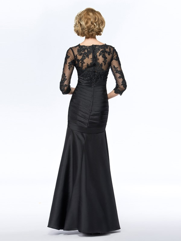 V-Neck Black Long Lace Mother of the Bride Dress with Sleeves