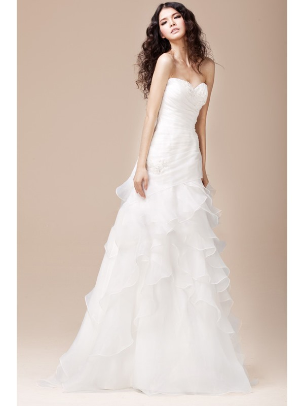 Strapless Sweetheart Ruffles A-Line White Wedding Dress
