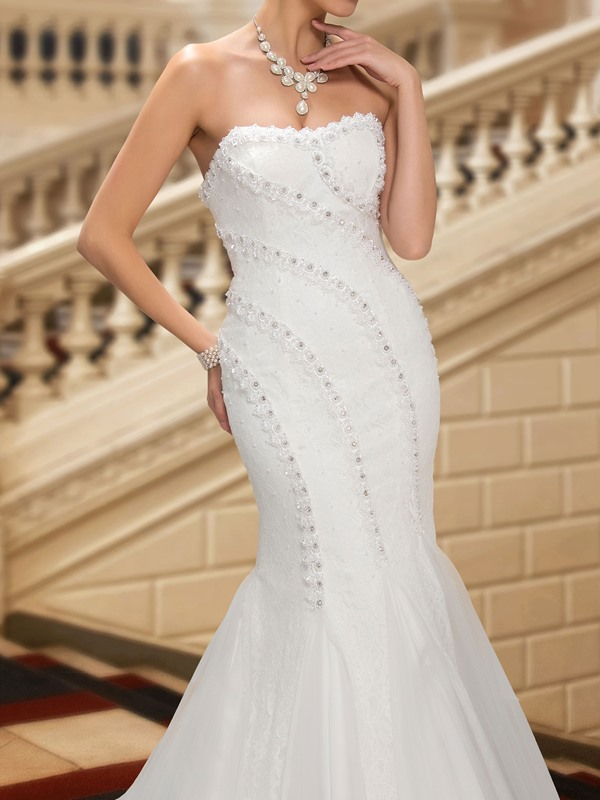 Beaded Sweetheart White Mermaid Lace Wedding Dress