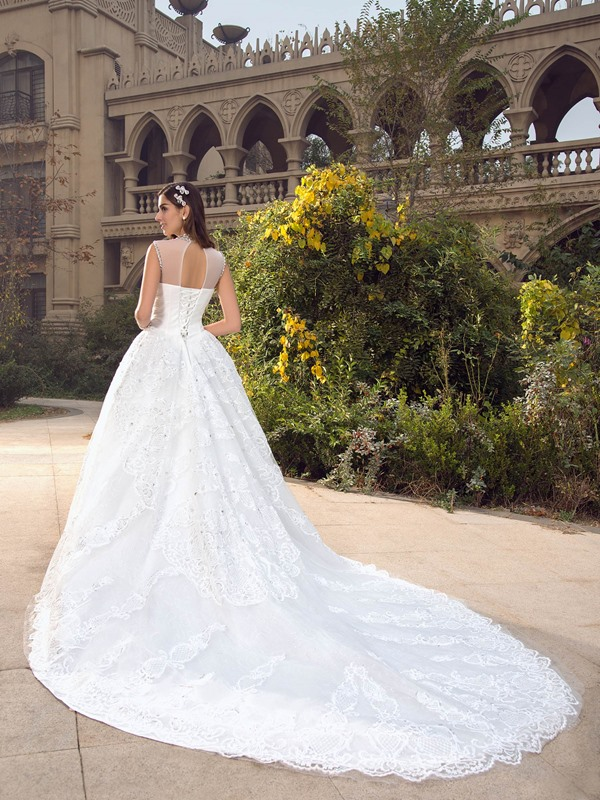 Glittering High Neck Beaded Appliques Crystal Wedding Dress
