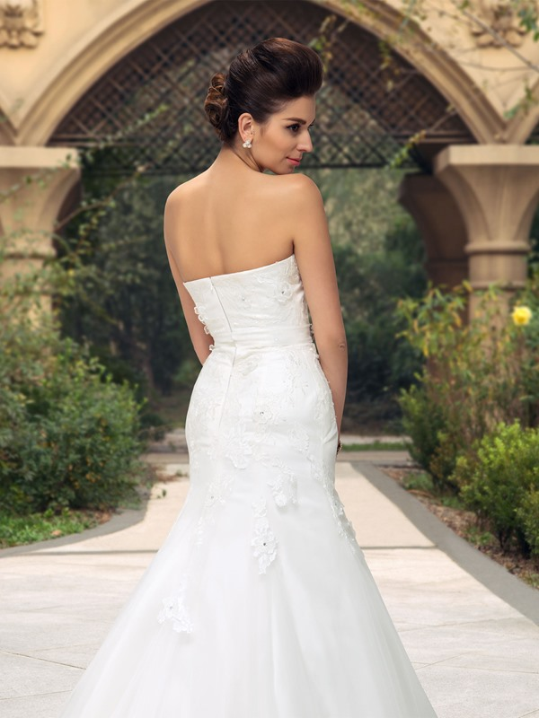 Sweetheart Beaded Appliques Mermaid Wedding Dress