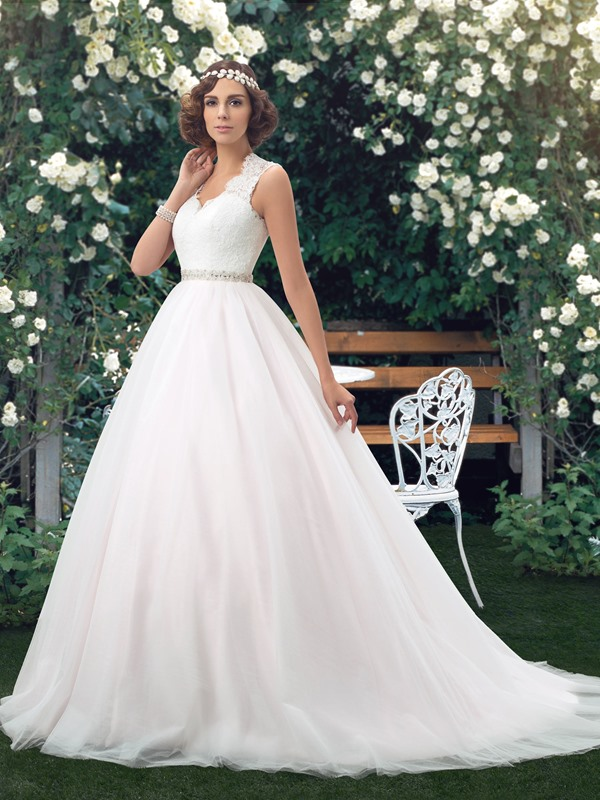 Eye-catching V-Neck Sheer Lace Back Floor Length A-Line Wedding Dress