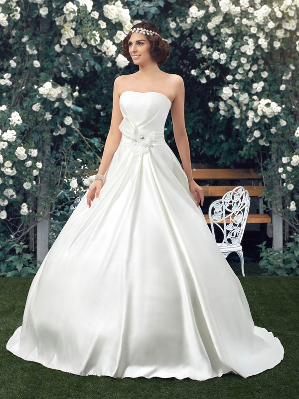 Simple Style Classic Strapless Floor Length A-line Wedding Dress