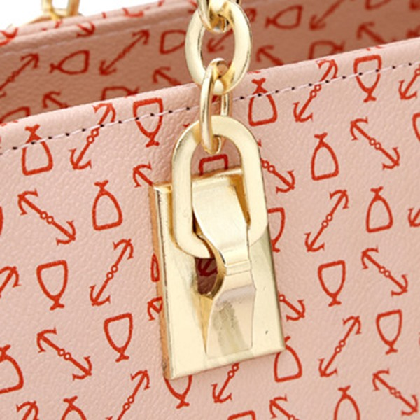 Trendy Arrow Printed Chain Satchel