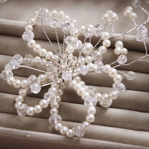 Flower-Shaped Pearl Bridal Wedding Hair Flower