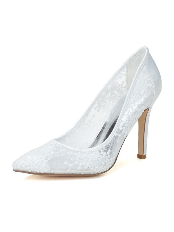 Embroidery Lace Pointed Toe Pumps