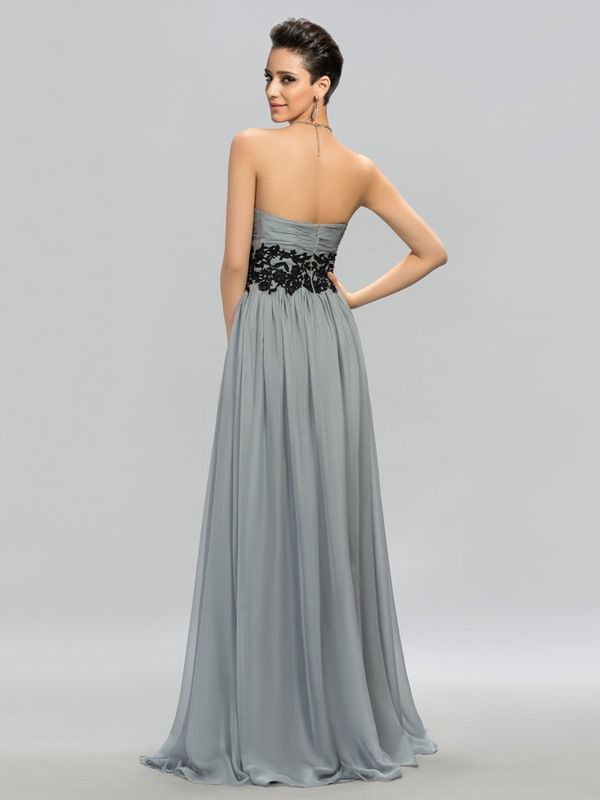 Consice Sweetheart Appliques Long Evening Dress Designed
