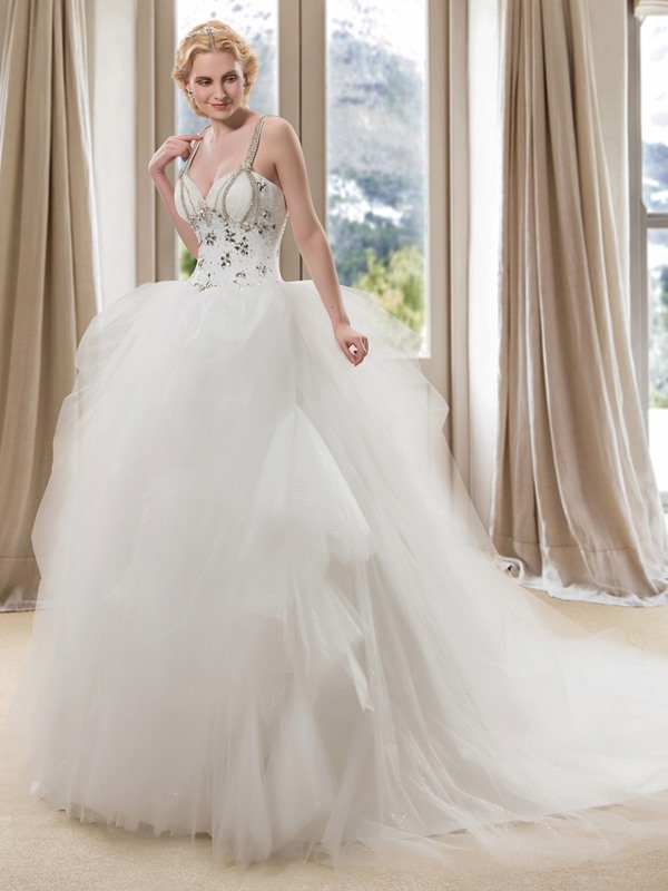 Luxury Beaded Spaghetti Straps Sweetheart Ball Gown Wedding Dress