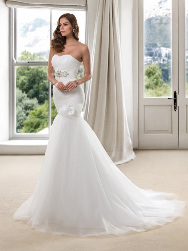 Beaded Sweetheart Pleats Flowers Trumpet Wedding Dress