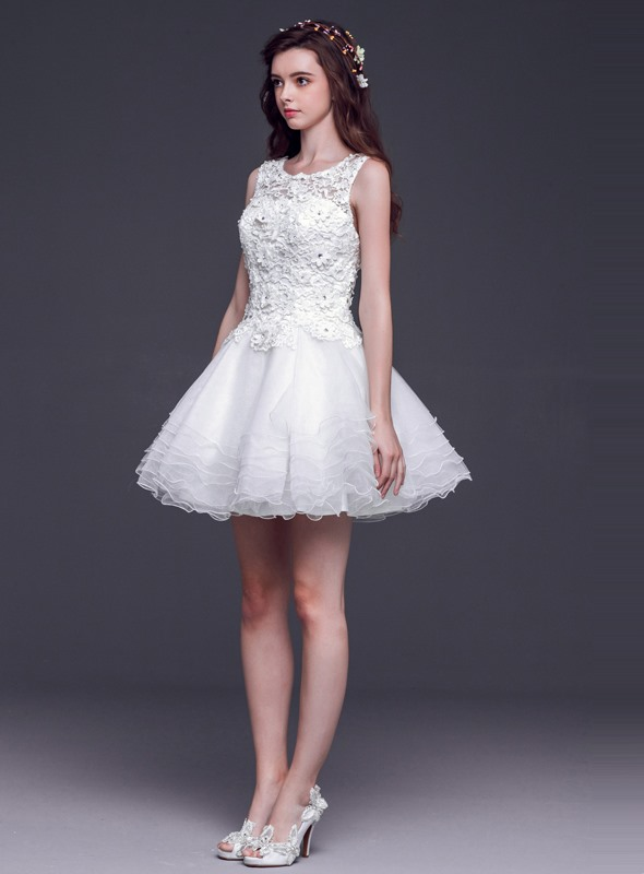 Dramatic A-Line Bateau Neck Lace Tiered Short Sweet 16 Dress