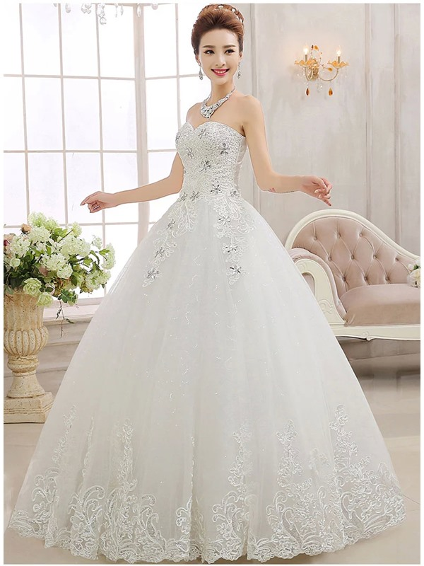 Stunning Sweetheart Beaded Appliques Ball Gown Wedding Dress