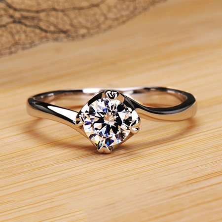 Eight Hearts & Eignt Arrows D0.5ct NSCD Engagement/Wedding Ring