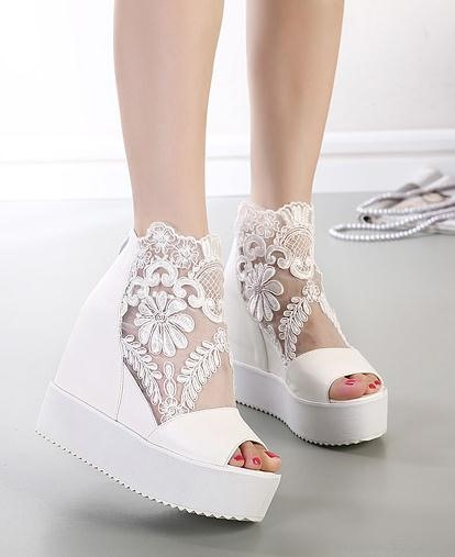 New Lace Hollow-out Sandals