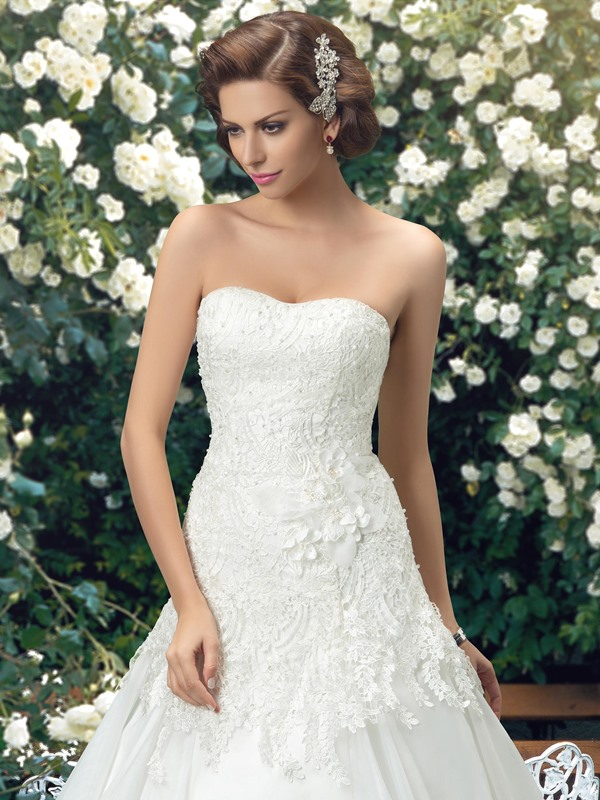 Eye-catching Strapless Lace A-Line Court Wedding Dress