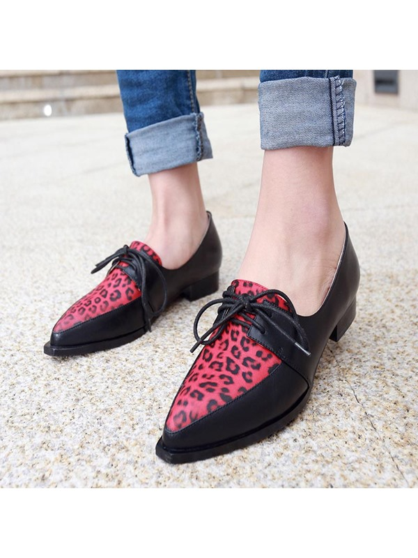 Color Block Lace-Up Pointed Toe Flats