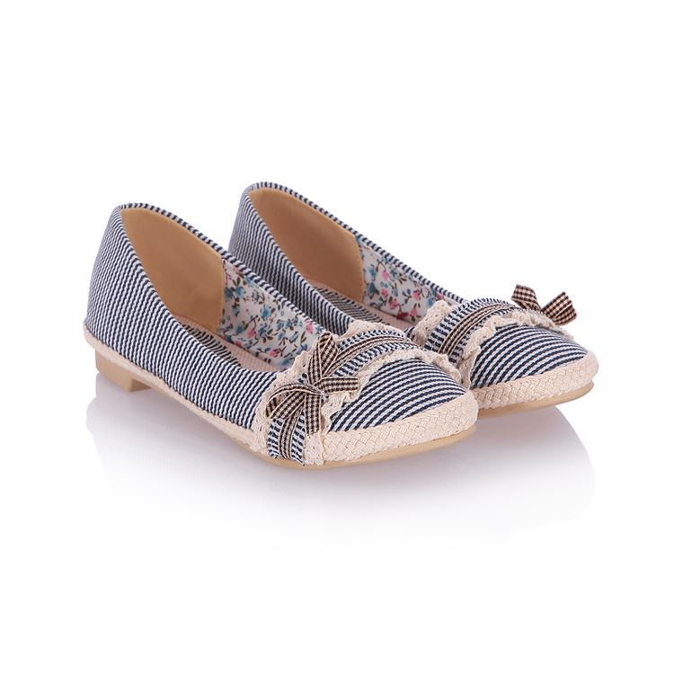 Nice Bowknot Decorated Stripe Patchwork Flats