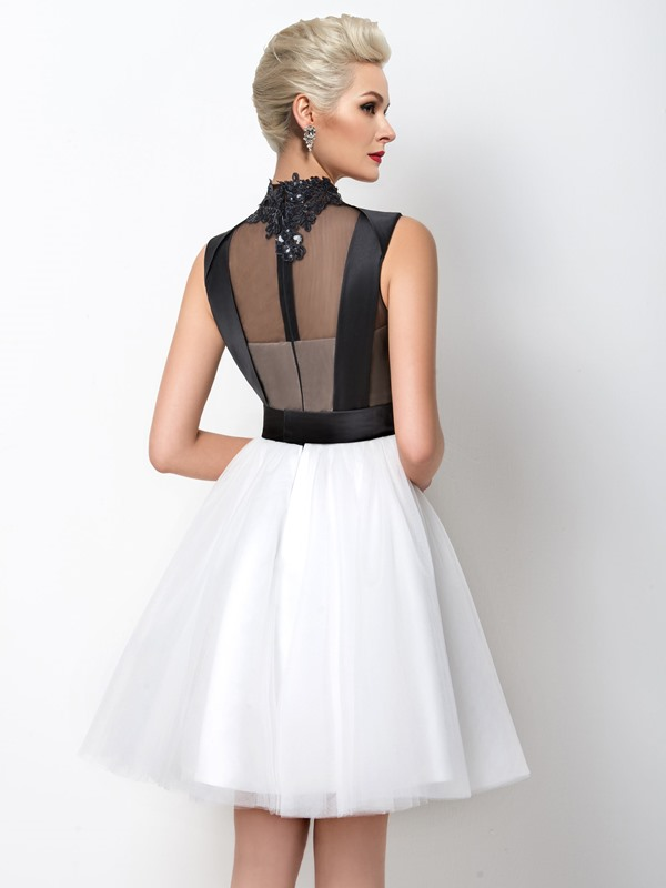 A-Line High Neck Appliques Cocktail Dress