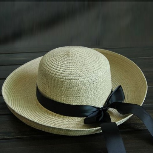 Bohemia Style Bowknot Decorated Women's Straw Hat