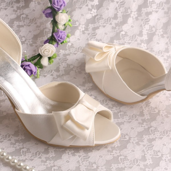 Elegant Bowknot Peep Toe Chunky Heel Wedding Shoes