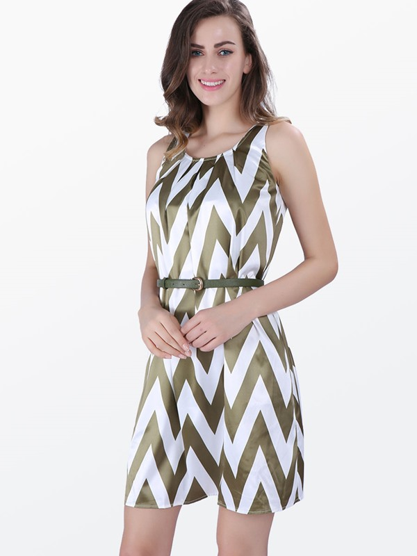 Chevron-print Sleeveless Women's Shift Dress