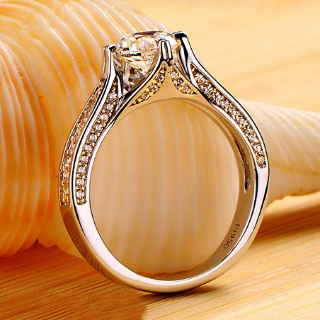 Delicate NSCD Imitation Diamond Pt950 D1ct High Quality Wedding Ring