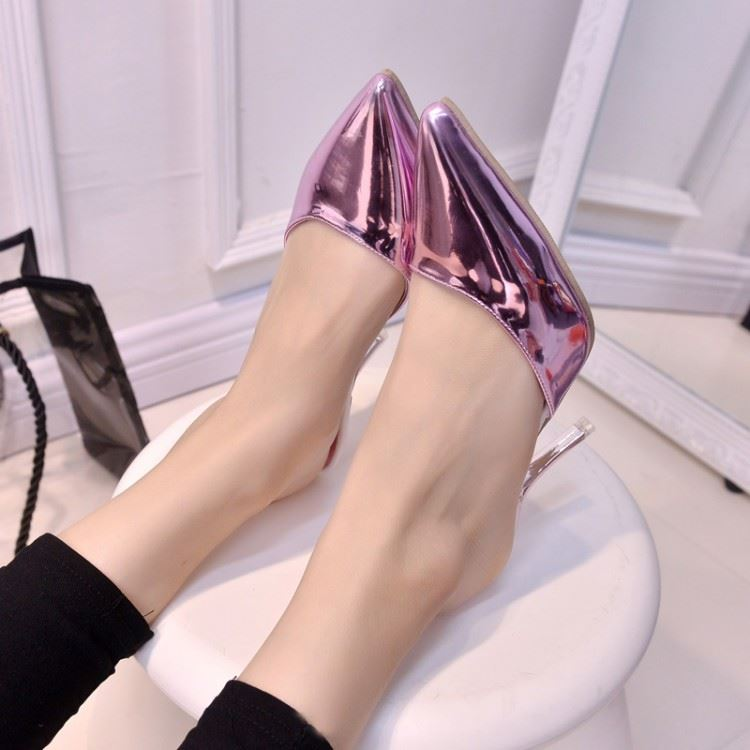 Metallic Upper & Pointed Toe Heel Flip Flop