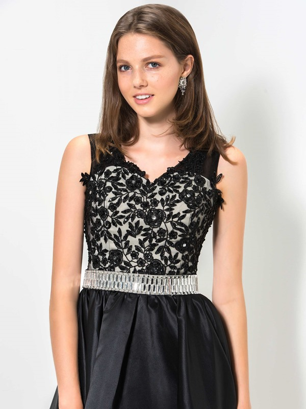 V-Neck Embroidery Lace Sequined Homecoming Dress