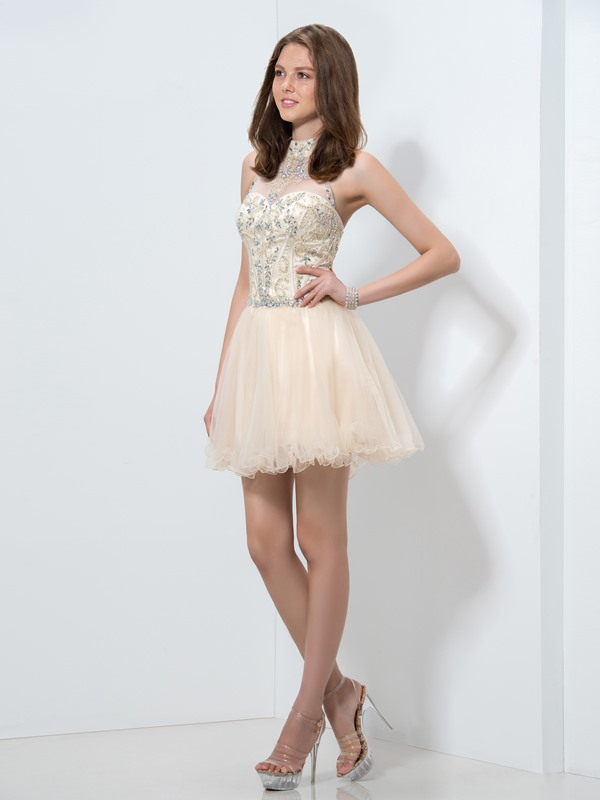 Amazing Halter A-Line Beaded Crystal Short Homecoming Dress