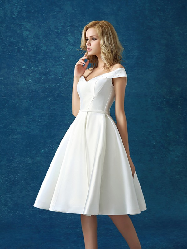 Casual Off the Shoulder Beaded Lace-up A-Line Knee-Length Cocktail Dress