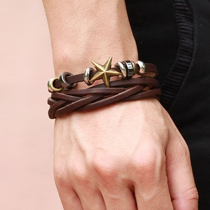 Star Decorated Men's Strap Bracelet