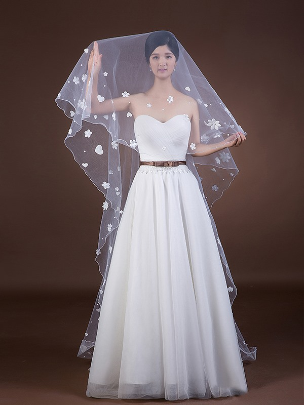Sweetheart and Flower Appliques Chapel Long Bridal Veil