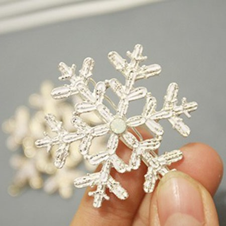 Snowflake Shaped Alloy Hair Clip