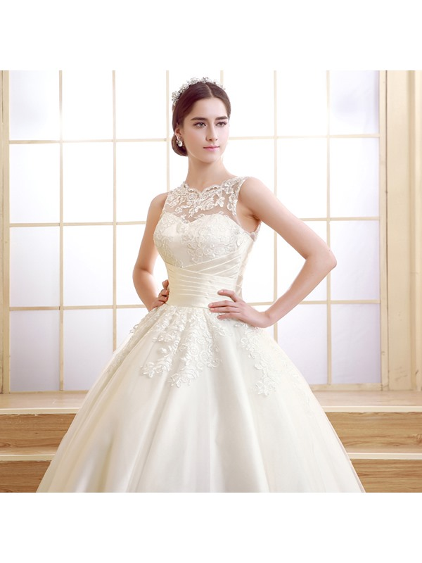 Classic Ankle Length Ball Gown Lace Wedding Dress