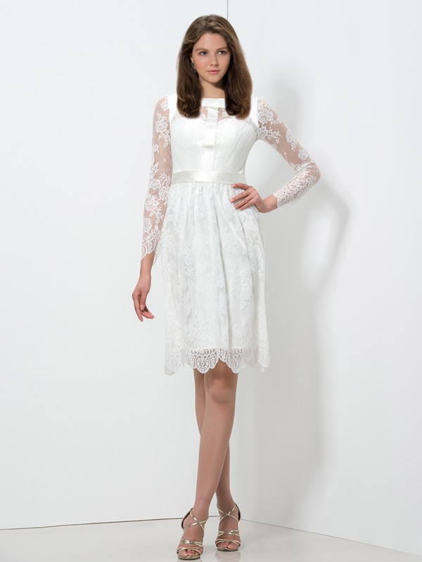 Square Knee-Length Lace Homecoming Dress
