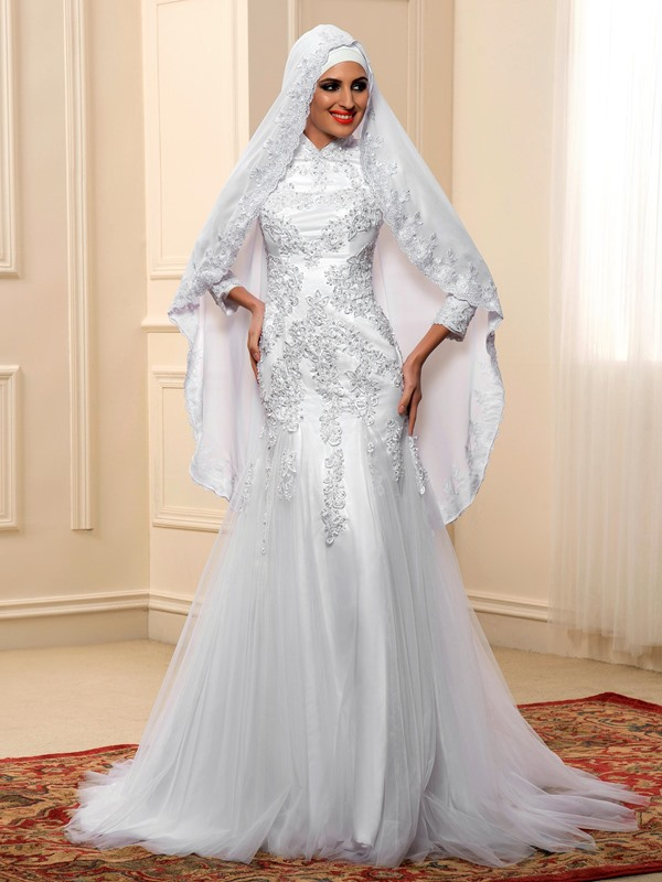 Lace Appliques High Neck Trumpet Muslim Wedding Dress with Hijab