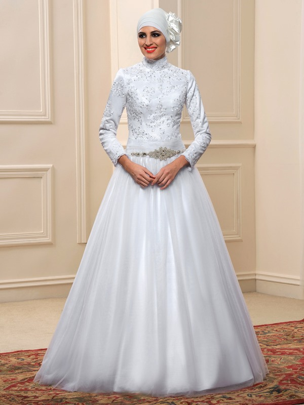 High Neck Beaded Appliques Muslim Wedding Dress
