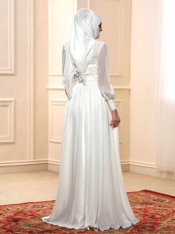 Vintage Appliques Muslim Wedding Dress with Jacket