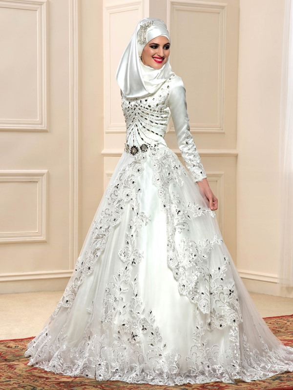 Beaded Sequined Appliques Muslim Wedding Dress
