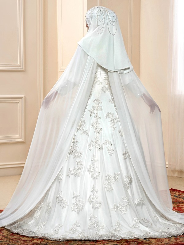Beaded High Neck Muslim Wedding Dress with Sleeves