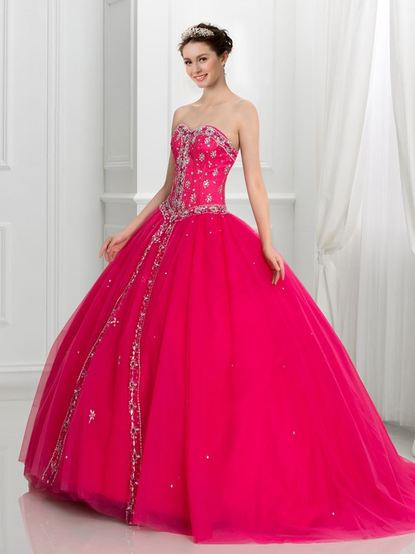 Dramatic Sweetheart Beaded Tulle Lace-Up Quinceanera Dress