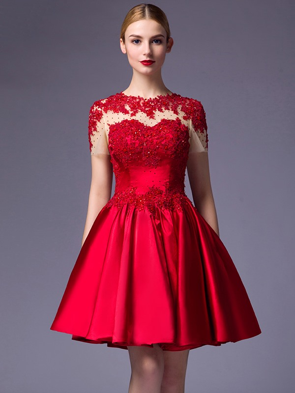 Amazing Short Sleeves Appliques Beaded A-Line Short Cocktail Dress