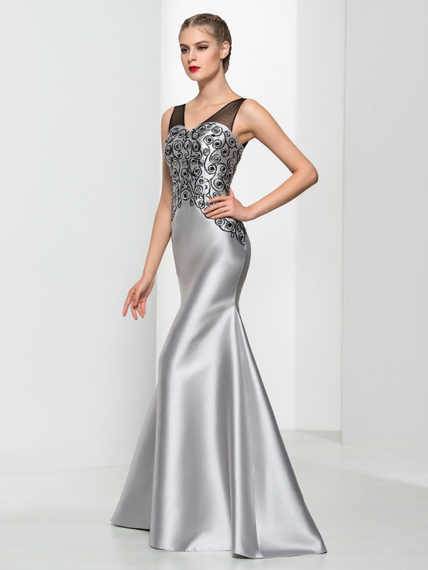 Timeless V-Neck Embroidery Beading Trumpet Evening Dress