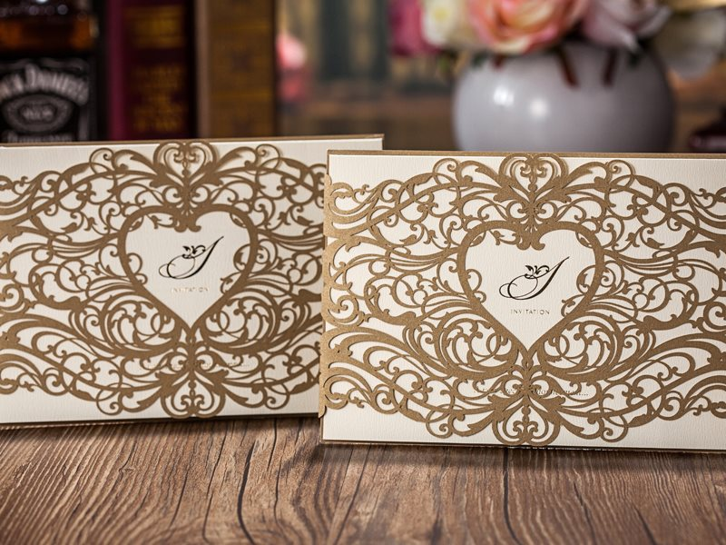 Heart Floral Pattern Modern Wedding Invitations (20 Pieces One Set)