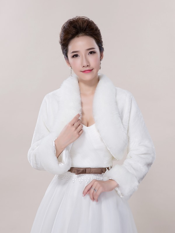 Cheap Faux Fur Long Sleeve Wedding Jacket
