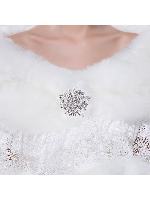 Charming Sequined Lace Faux Fur Wedding Shawl