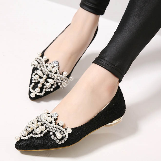 Beading Pointed Toe Slip-On Lace Flats