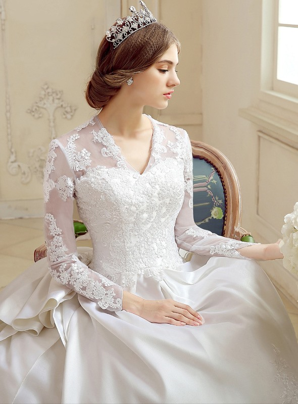 V-Neck Long Sleeve Zipper Cathedral Ball Gown Wedding Dress