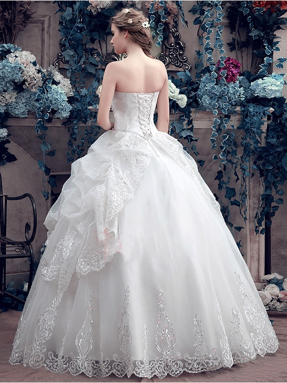 Sweetheart Beaded Pick-Ups Ball Gown Wedding Dress