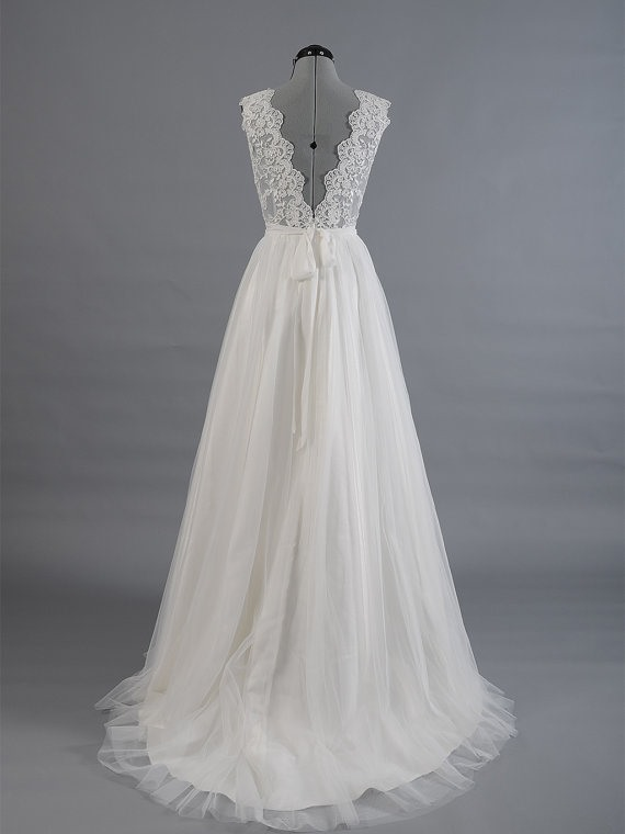 Floor Length A-Line Scalloped V-Neck Wedding Dress